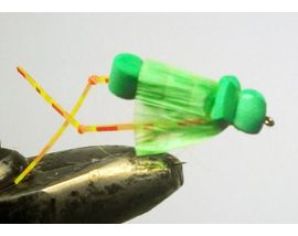 Кузнечик из пенки зеленый