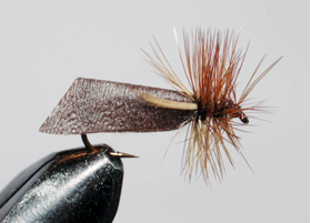 мушка Caddis brown
